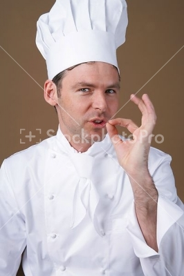 Stockphotopro_88130fqh_cook_makes_g
